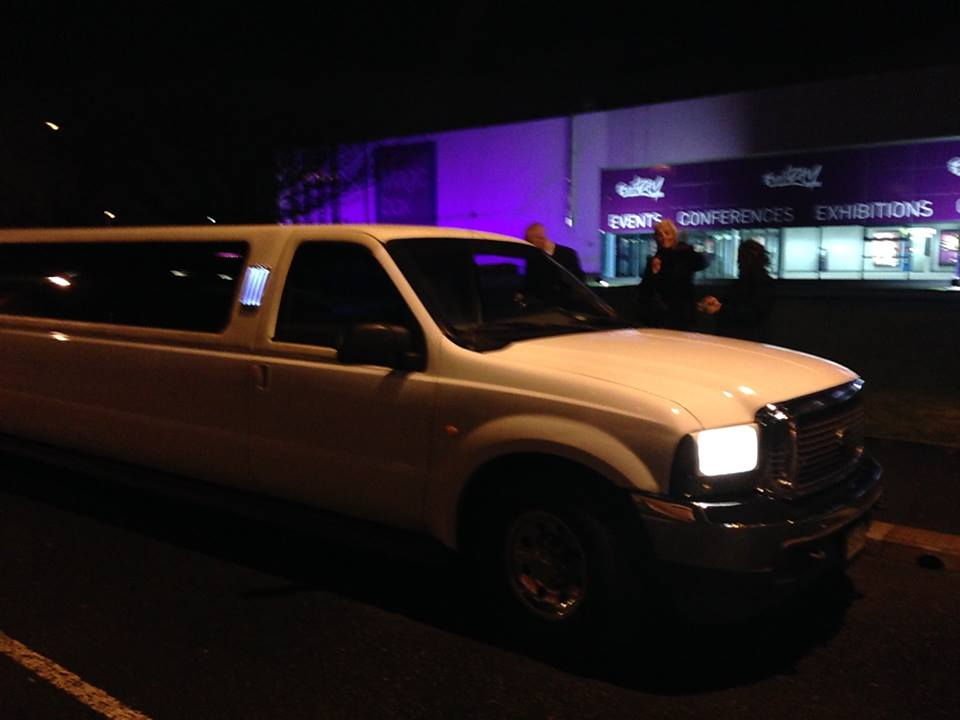 hummer limo hire warrington